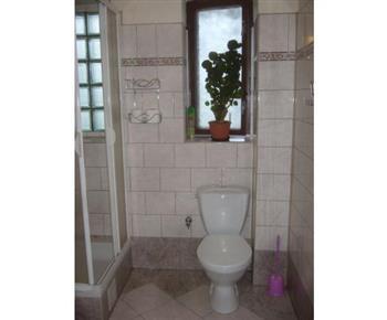 Koupelna s toaletou a spchovým koutem