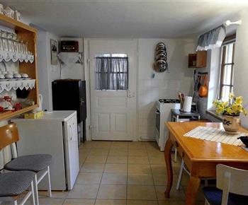 Kuchyň  s vinotékou