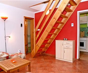 Chata A - obývací pokoj