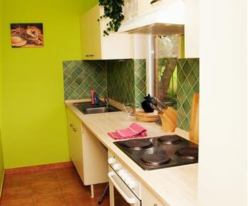 Chata A - kuchyně