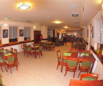 Restaurace v hlavní budově