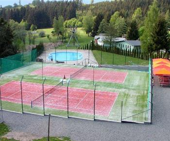 Sportoviště areálu Baldovec