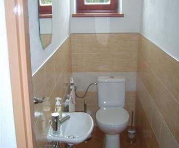 Toaleta s umýdlem