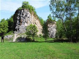Přírodní rezervace Kobyla s odkrytým Očkovským přesmykem, 2 km