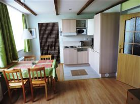 Obývací pokoj - kuchyňský a jídelní kout