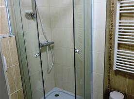 Koupelna - sprchový kout a WC