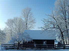 zimní pohled na chatu