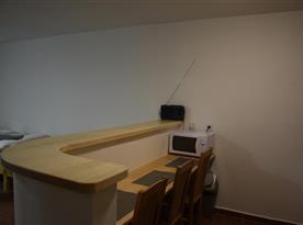 4l. pokoj s kuchyňkou a příslušenstvím