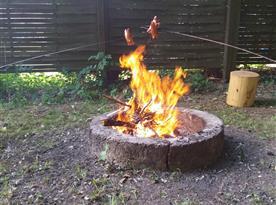 ohniště s posezením