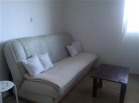 Podkrovní apartmán - rozkládací gauč jako přistýlky