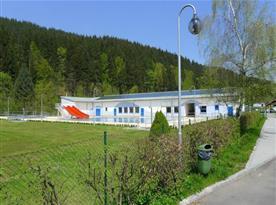 Velké Karlovice - koupaliště (200 m)