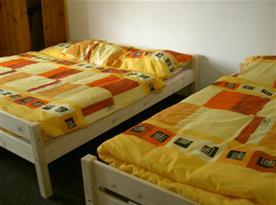 Třílůžková ložnice v apartmánu č. 1
