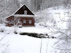 Pohled na objekt v zimě