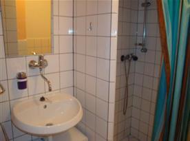 Apartmán C - koupelna