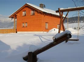Pohled na Objekt II. v zimě