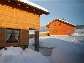 Pohled na Objekt II. od objektu I. v zimě