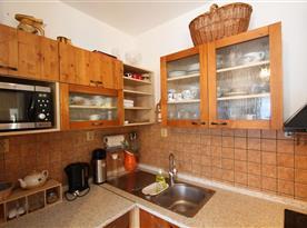 Apartmán s vlastním východem na terasu - kuchyňský kout
