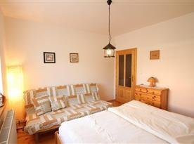 Apartmán pro 4 - 6 osob s  2 miestnosťami - ložnice s manželskou postelí a rozkládacím lůžkem
