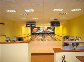 Bowling v areálu